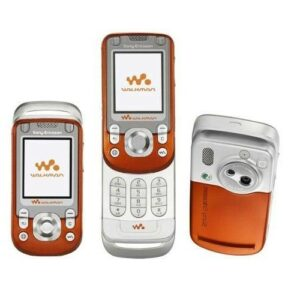 Sony Ericsson W550i - Flip Phone - Refurbished on zoneofdeals.com